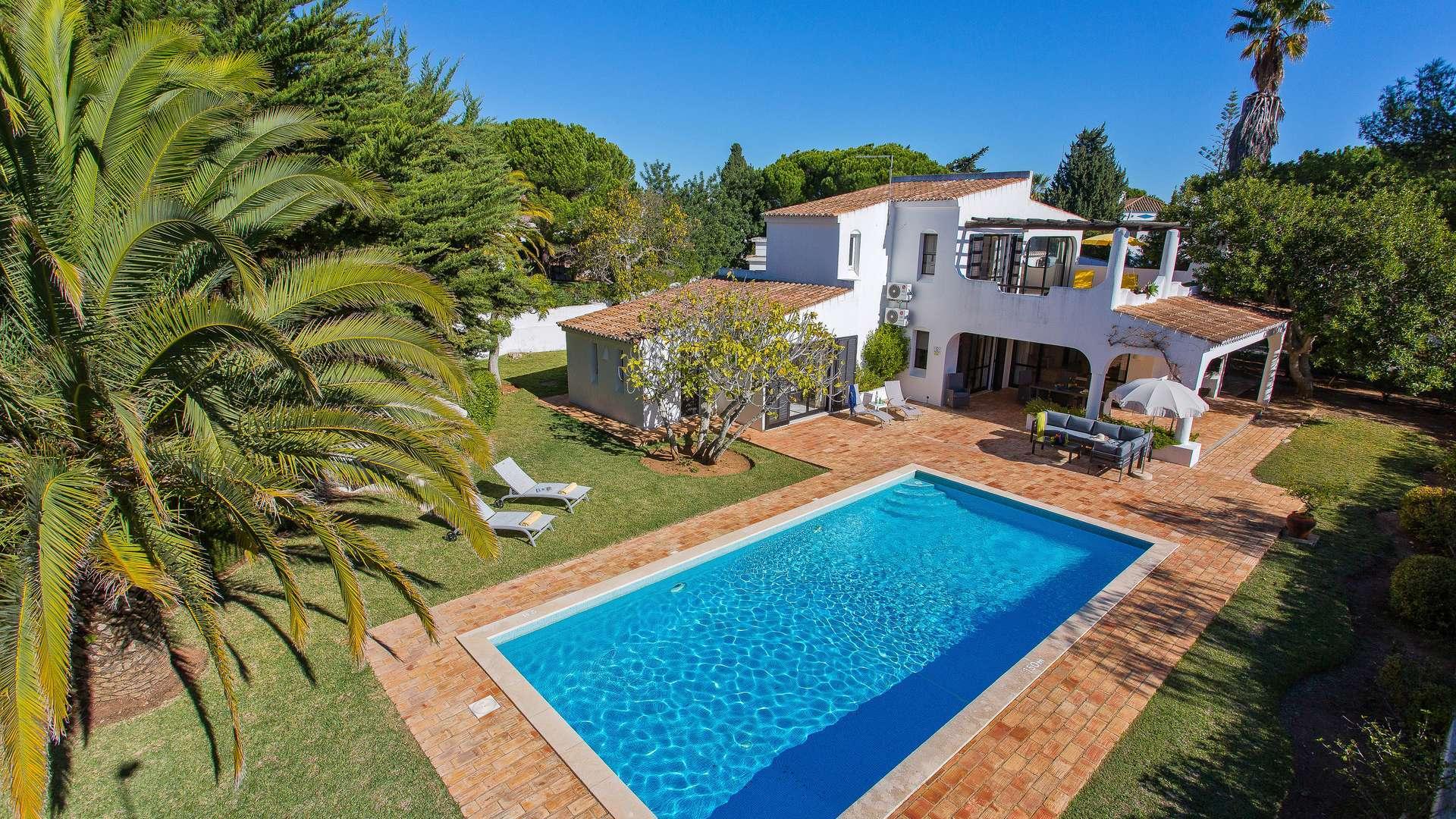 Casa Carvalho