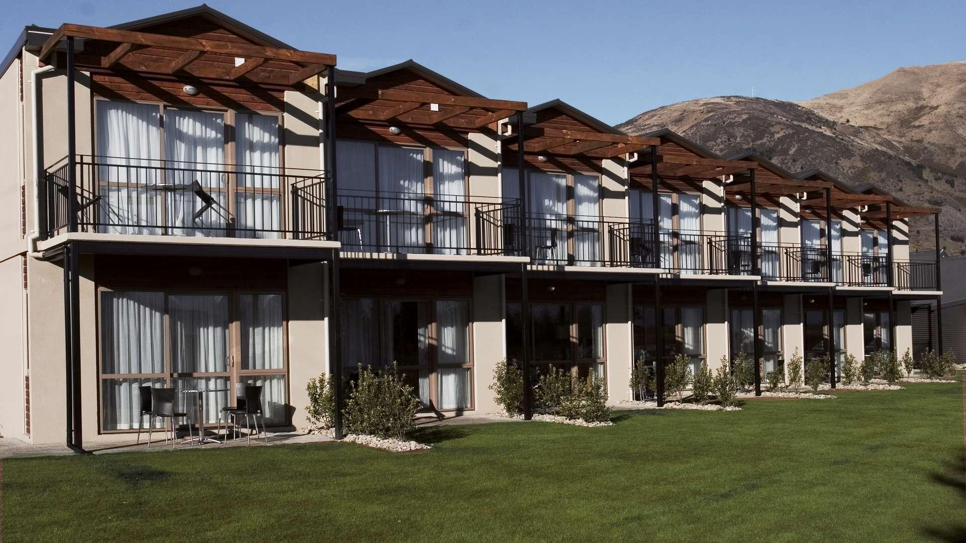 Oakridge Resort Lake Wanaka A Kuoni Hotel In Queenstown