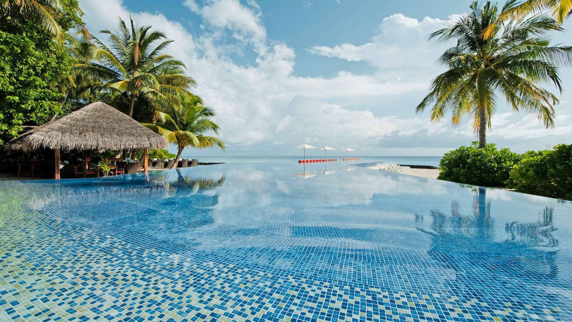 Infinity pool at Kuramathi Maldives