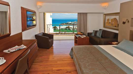 Porto Seaview Suite