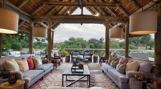 Game Lodge at Thornybush Private Game Reserve