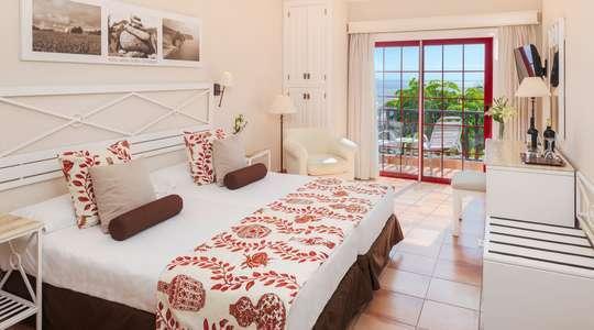 Comfort Side Sea View Room