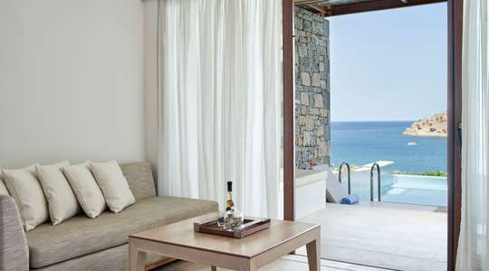 Superior Bungalow Sea View with Heated Pool