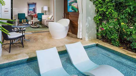 Crystal Lagoon Swim Up One Bedroom Butler Suite  with Patio Tranquility Soaking Tub