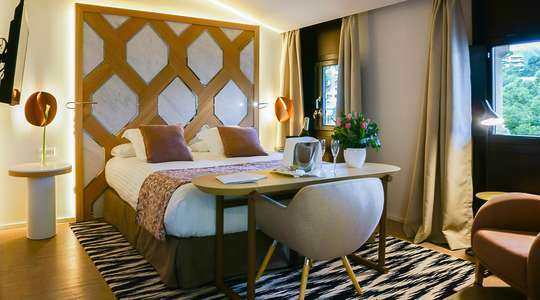 Dreamer Palace Room