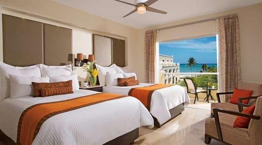 Deluxe Oceanview Room