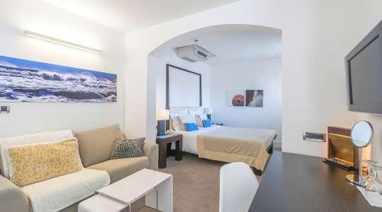 Studio Suite with Balcony Sea View