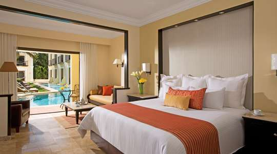 Preferred Club Deluxe Garden Swim-out Adult-only Room