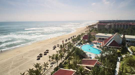 Centara Sandy Beach Resort, Danang