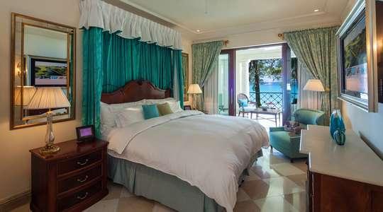 Luxury Dolphin Two Bedroom Suite