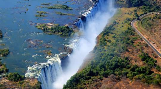 Essential Zimbabwe