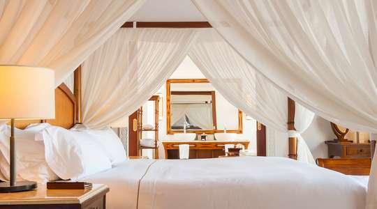 Luxury Oceanfront Pool Villa