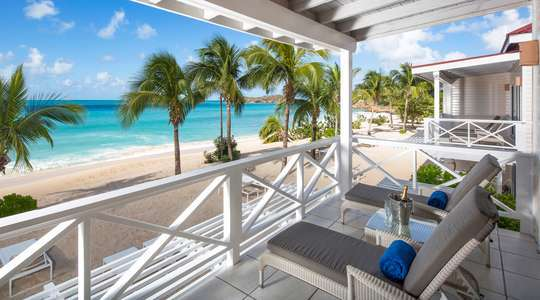 Premium Beachfront Suite
