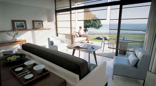 Seafront Kyma Suite