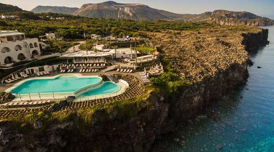 Therasia Resort, Vulcano