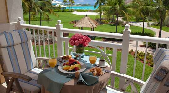Beach House Honeymoon Ocean View Grand Luxe Club Level Room