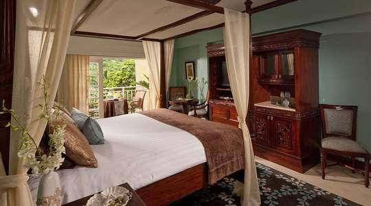 Riviera Grande Luxe Room