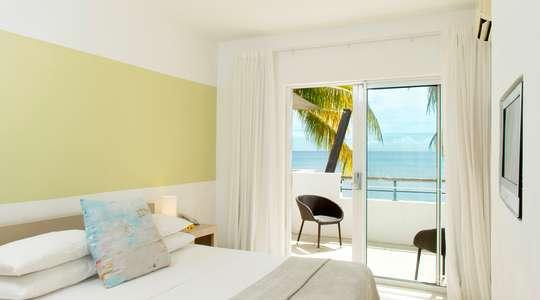 Couple Standard Beachfront Room