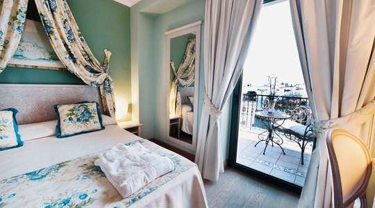 Romantic View Room
