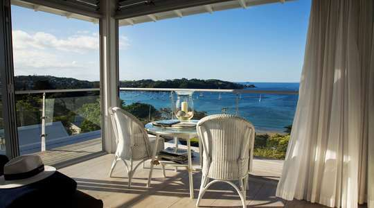 The Boatshed Seaside Boutique Hotel, Waiheke