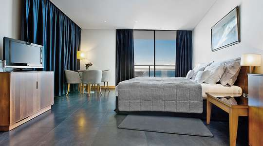 Family Sea View Room (Two Bedrooms)