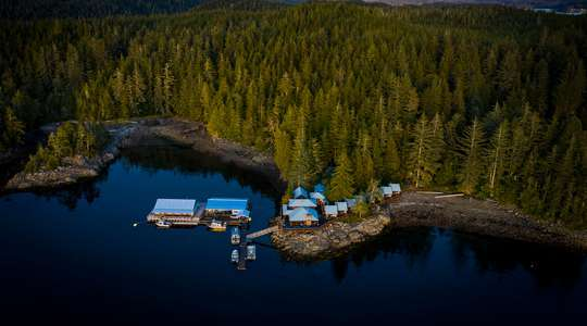 Farewell Harbour Lodge Wildlife Experience