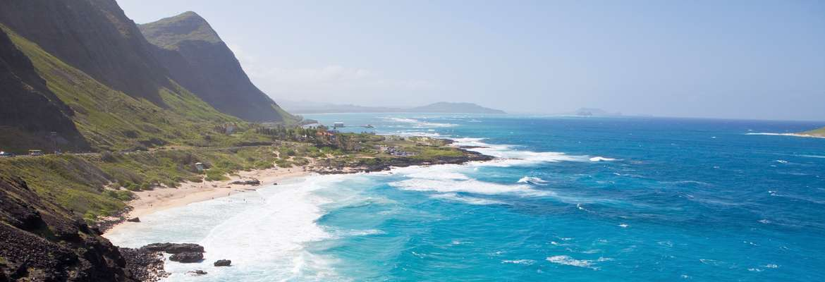 Luxurious Hawaiian Escape with Luxury Gold