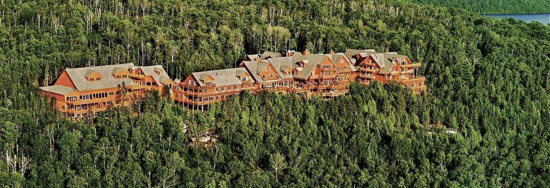 Hotel Sacacomie, Saint-Alexis-Le-Monts